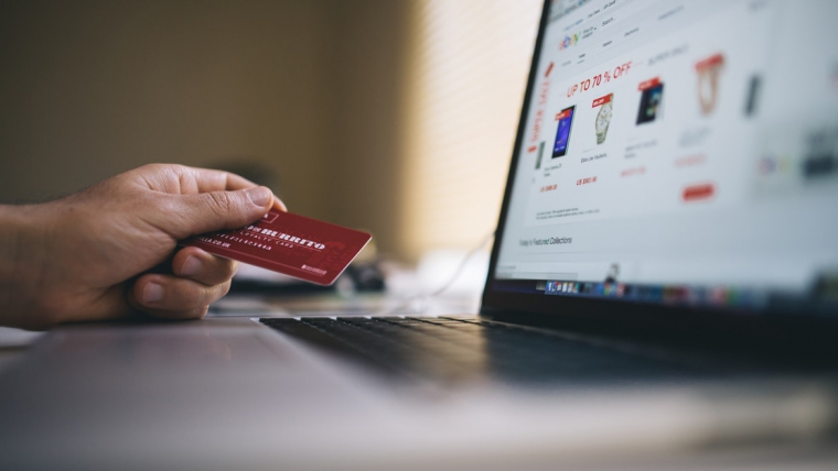 How to Build an Exceptional Personal and Business Credit Score